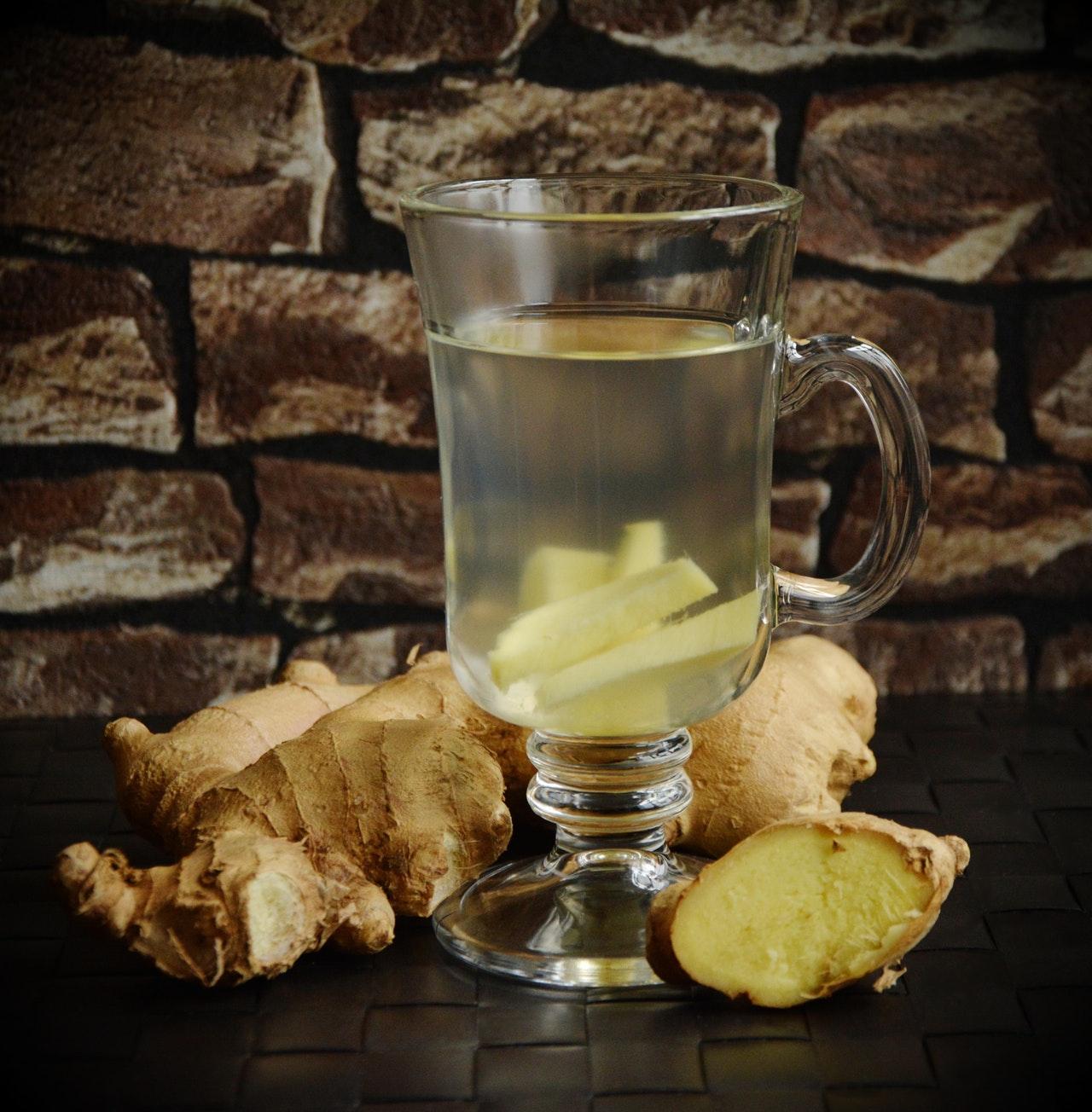 Apfel-Ingwer-Tee